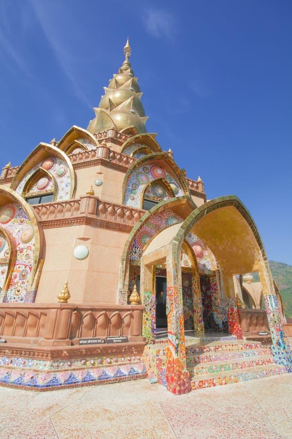 Verstecktes Glas Pha Pha (Wat Pha Kaew) lizenzfreie stockfotografie