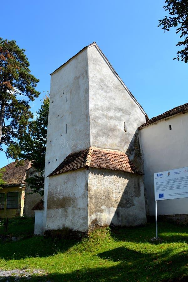 Versterkte middeleeuwse Saksische kerk in het dorp Viscri Kirchenburg von Deutschweißkirch, Transsylvanië royalty-vrije stock foto