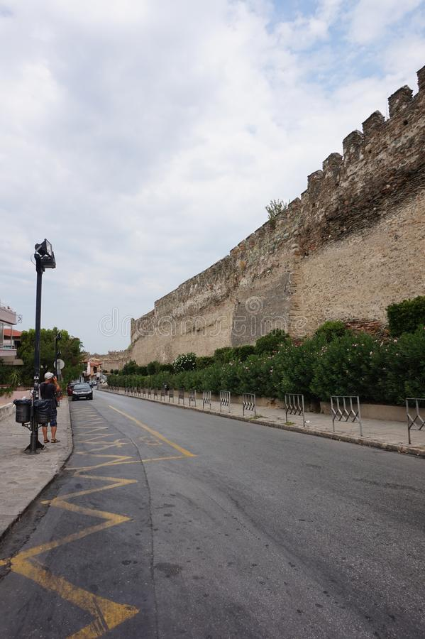 Versterkte Muur in Stad van Thessaloniki stock fotografie