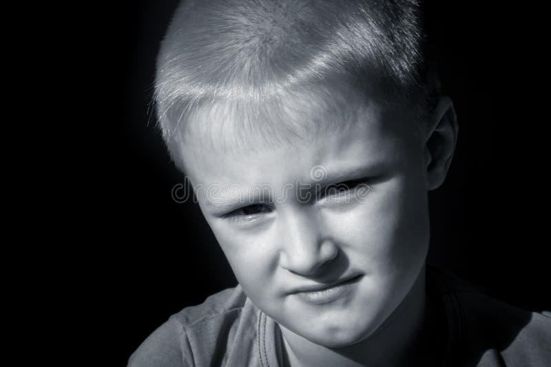 Verstoord bang gemaakt kind (jongen) royalty-vrije stock foto's