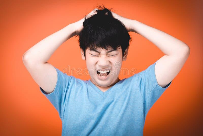 Verstoord en boos, concept voor woede, frustratie en ellende stock foto