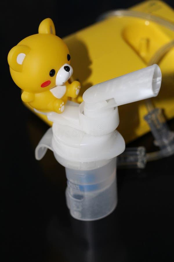 Verstuiver voor de behandeling van ademhalingsziekten inhalatie royalty-vrije stock afbeelding