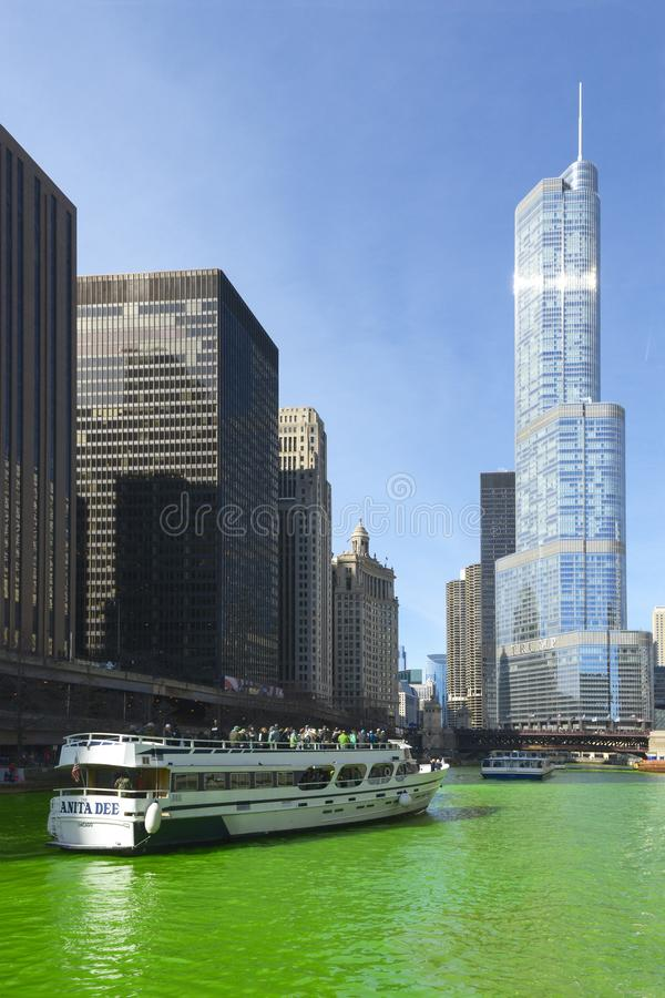 Vert de teinture de la rivière Chicago images stock