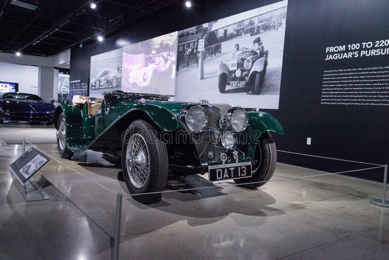 Vert 1937 solides solubles 100 Jaguar photographie stock libre de droits