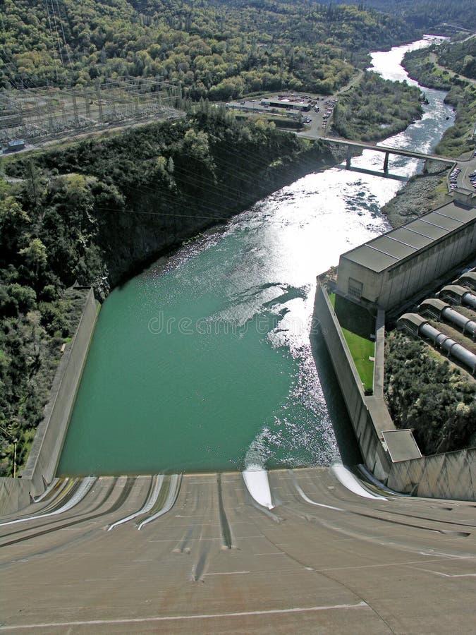 Vertedouro para a represa de Shasta imagem de stock royalty free