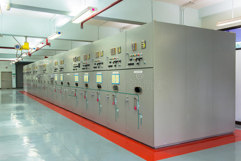 Verteilungsnebenstelle der elektrischen Energie stockbild