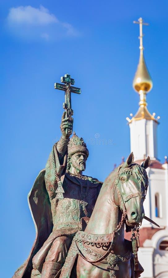Vertical del monumento de Ivan IV del zar imagen de archivo