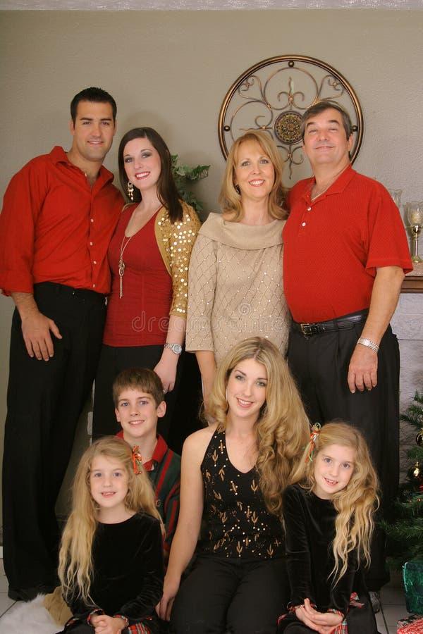 vertical för upclose för julfamilj glad arkivfoto