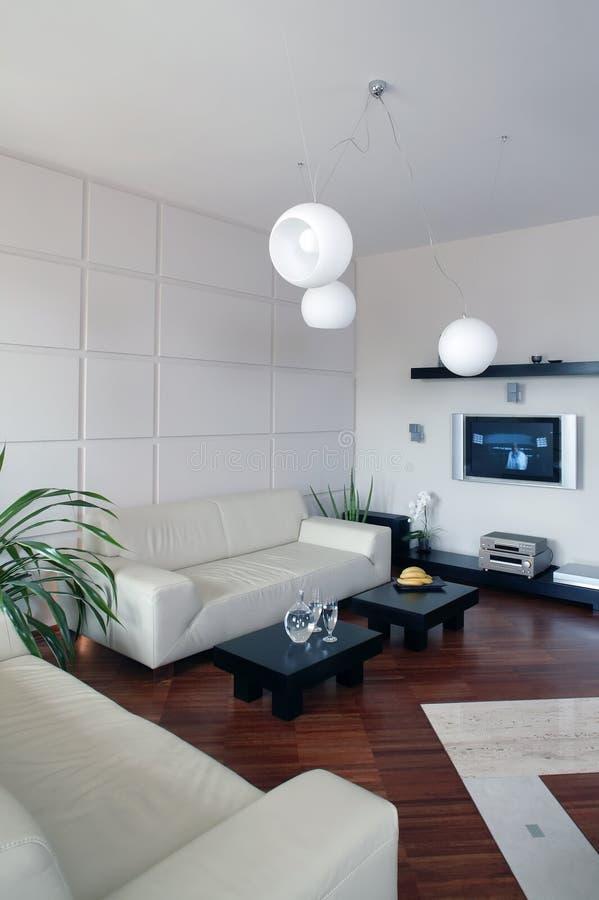 Vertical moderna de la sala de estar fotos de archivo libres de regalías