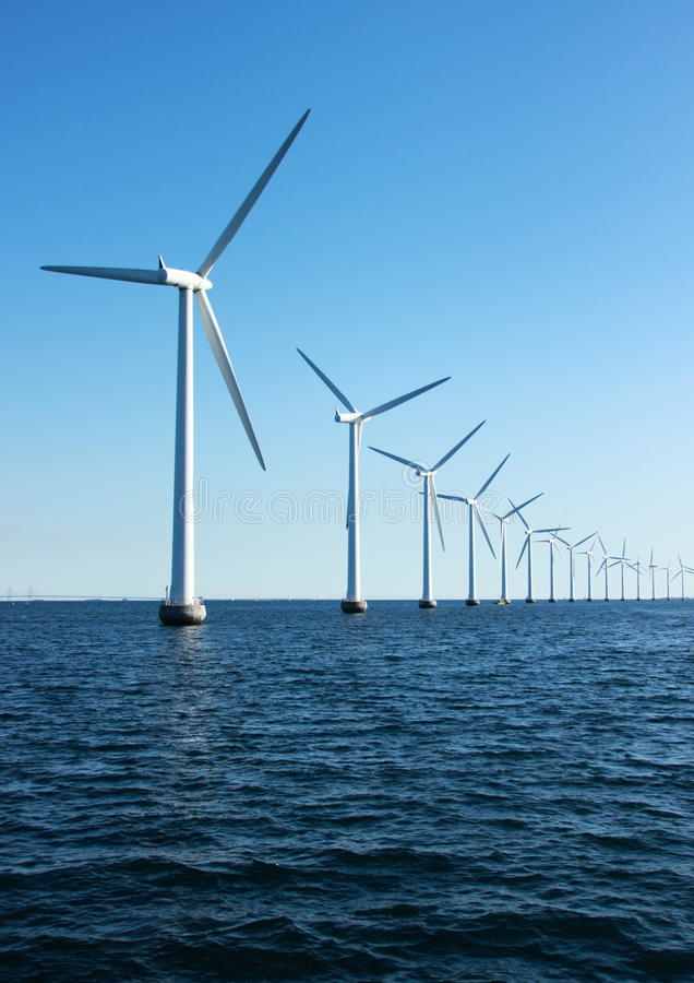 Free Vertical Perspective Of Ocean Windmills With Horizon Stock Images - 45759524