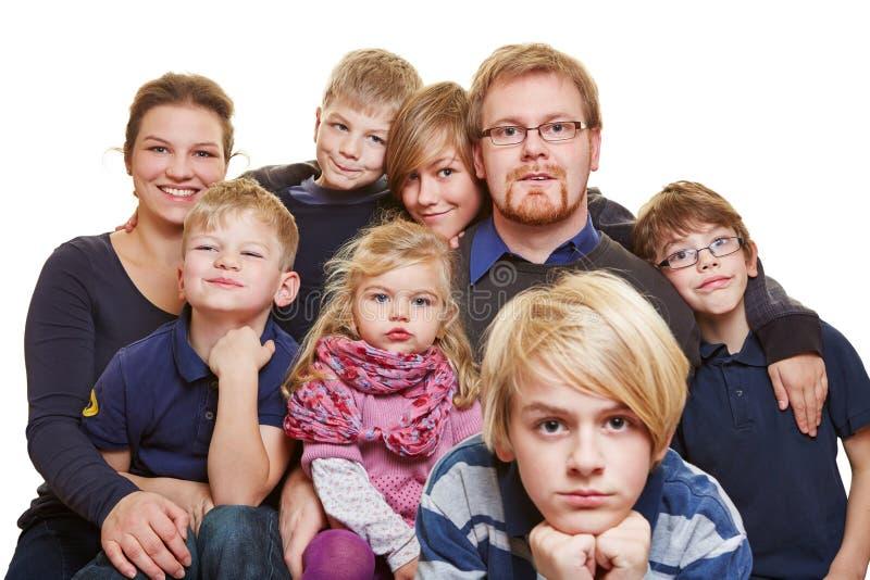 Verticale énorme de famille photographie stock