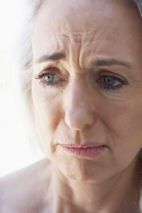 Verticale aînée d'un femme image libre de droits