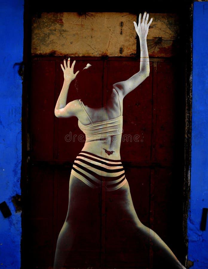 Verticale abstraite de femme sur le fond grunge images stock