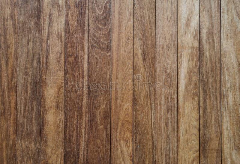 Verticale bruine houten muur - Bruine houten achtergrond, de muren van t stock foto