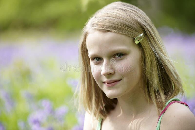 Verticale d'adolescente images libres de droits