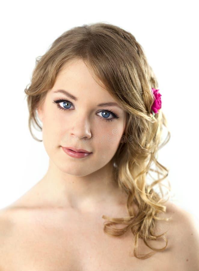 Verticale d'adolescente/beau jeune femme photographie stock