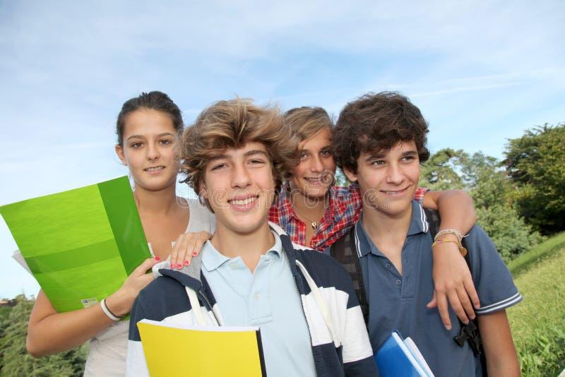 Verticale d'adolescents photo libre de droits
