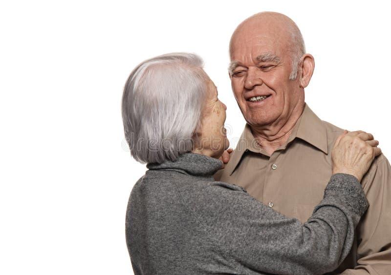 Verticale d'un couple aîné heureux photo libre de droits