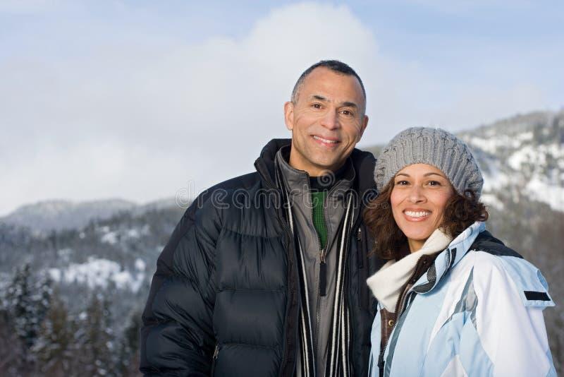 Verticale d'un couple mûr photo libre de droits