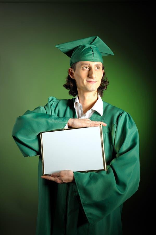 Verticale d'un homme réussi son de remise des diplômes photos libres de droits