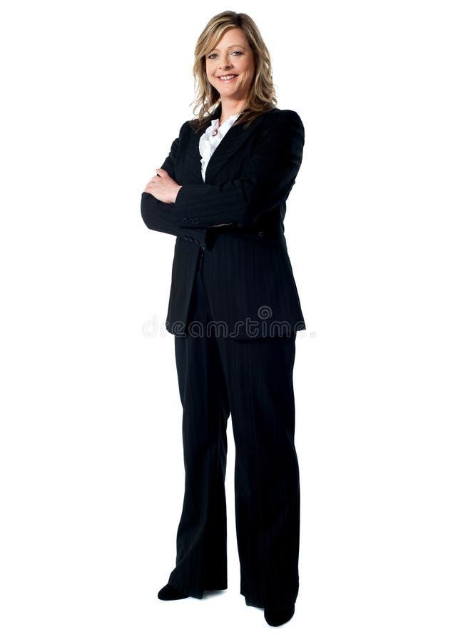 Verticale d'une femme expérimentée d'affaires images stock