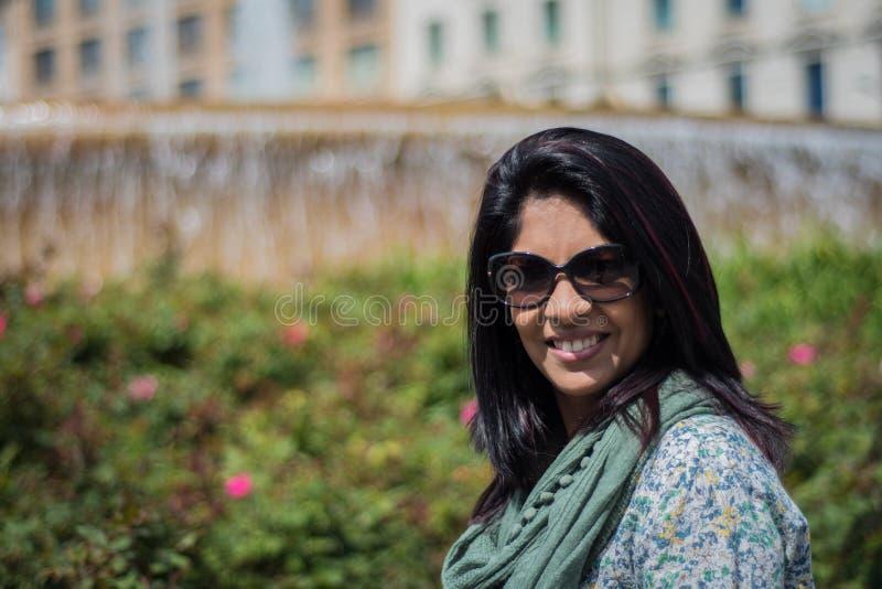 Verticale d'une femme indienne image libre de droits
