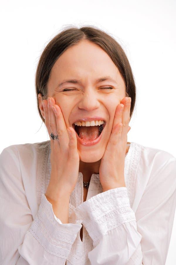 Verticale d'une jeune femme heureuse photos libres de droits