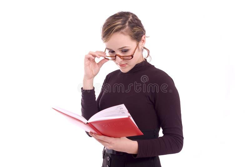 Verticale d'une jeune femme réussie d'affaires image stock