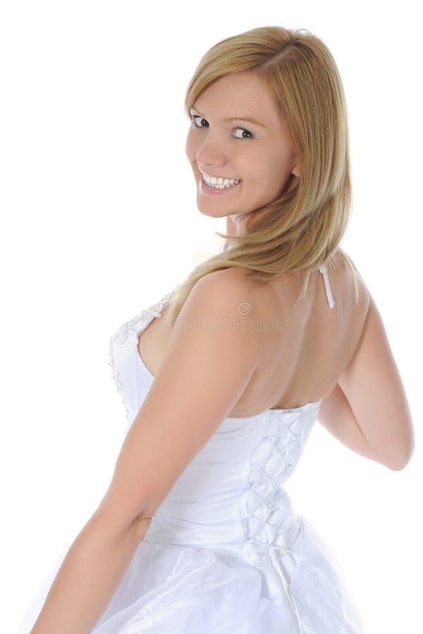Verticale d'une jeune mariée de sourire image stock