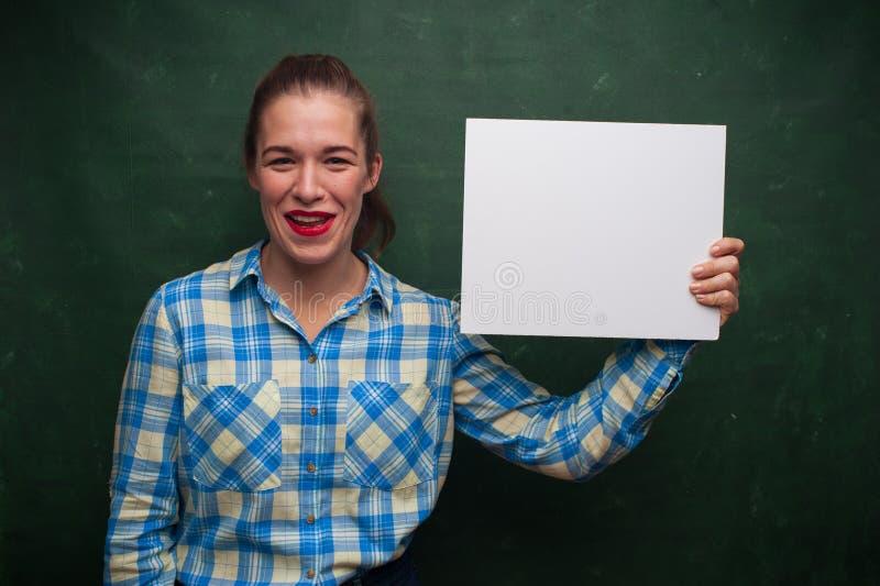 Verticale de belle fille d'étudiant photographie stock