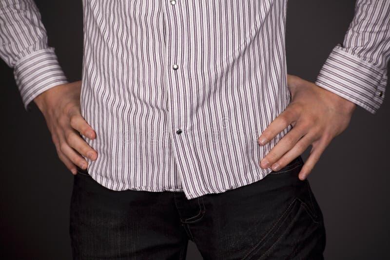 Download Verticale de chemise image stock. Image du mâle, garçon - 8667071