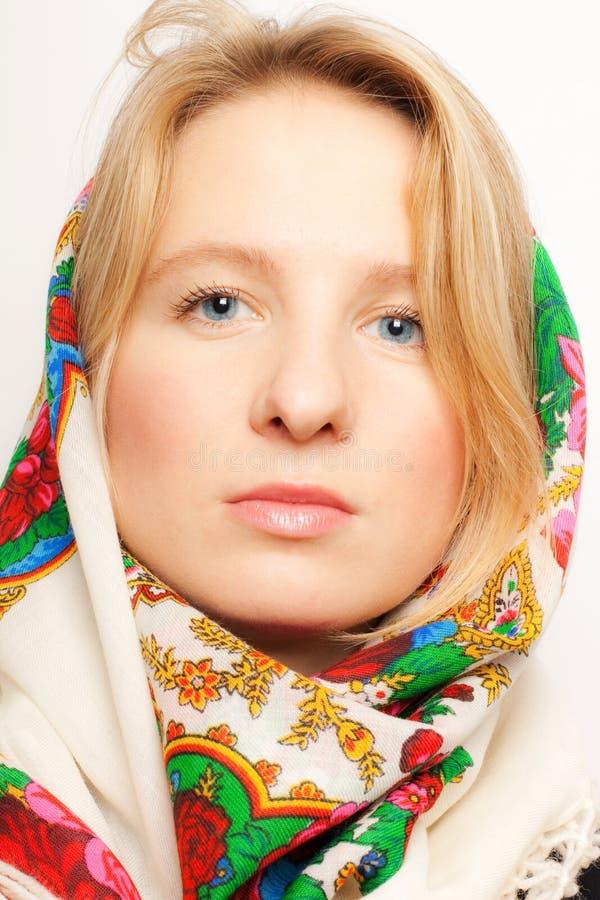 Verticale de femme de Russe de beauté image libre de droits