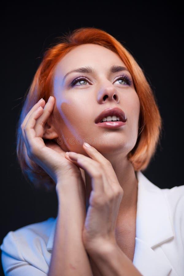 Verticale de femme de mode Modèle de style de Vogue photo libre de droits
