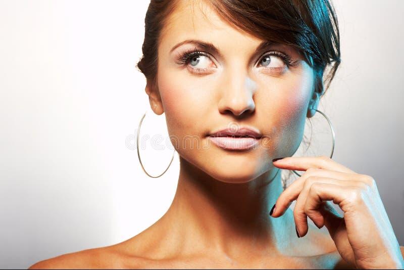 Verticale de fille avec lipstic léger photo stock