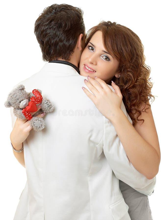 verticale de flirt de couples proches attrayants vers le haut image stock