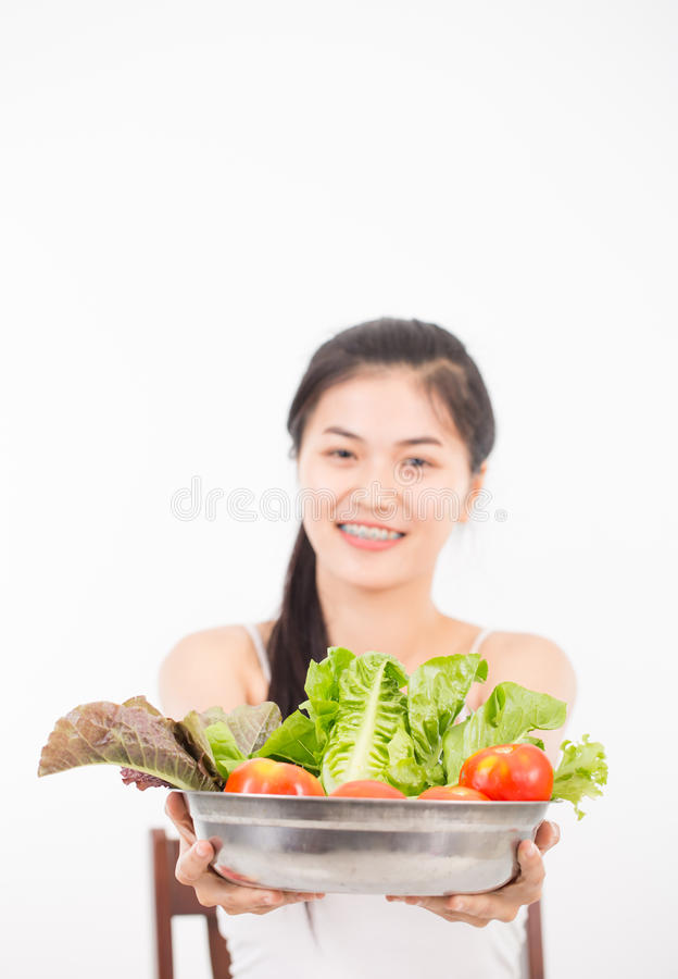 Download Verticale De Jeune Femme Asiatique Photo stock - Image du sain, nutrition: 87706040