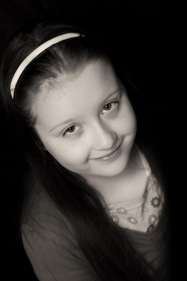 Verticale de jeune fille photo stock