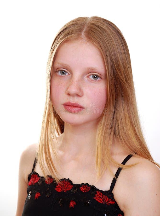 Verticale de jeune modèle images libres de droits