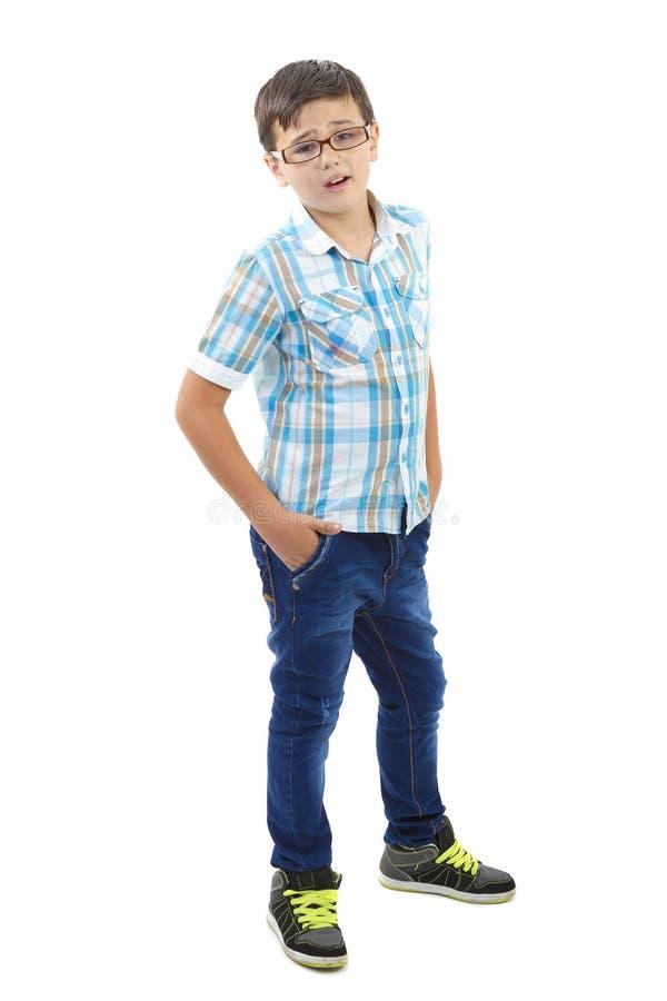 Verticale de petit garçon photographie stock libre de droits