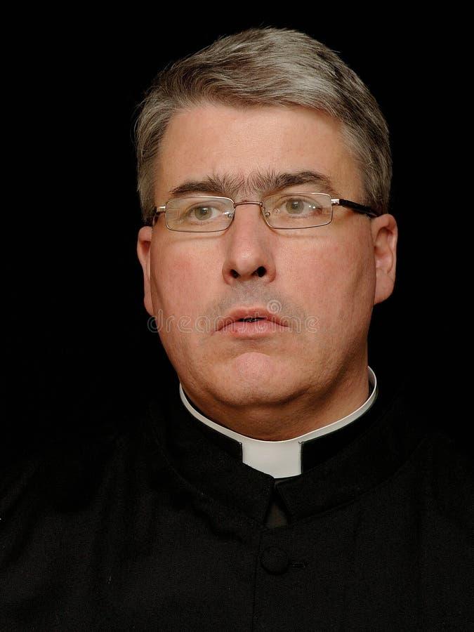 Verticale de prêtre images stock