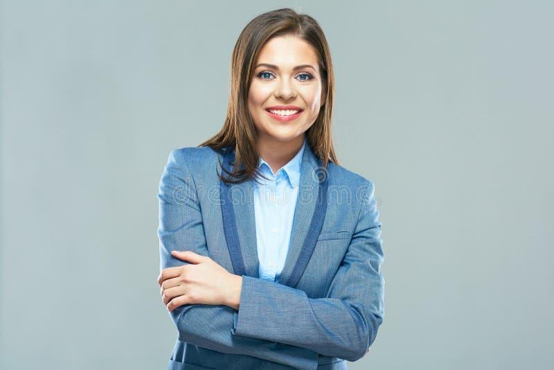 Verticale de sourire de femme d'affaires Jeune modèle femelle avec long h image libre de droits