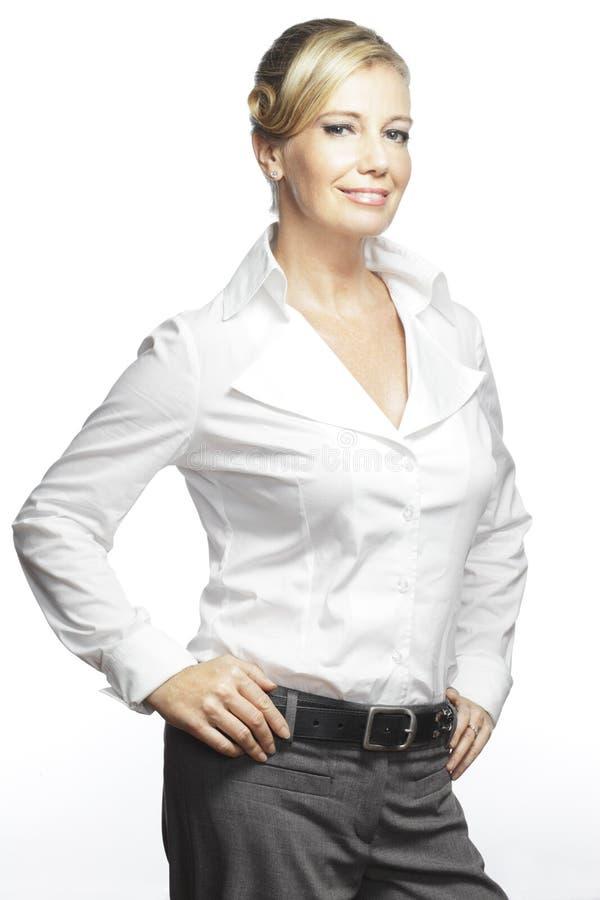 Verticale des femmes d'affaires confiantes et réussies photos libres de droits