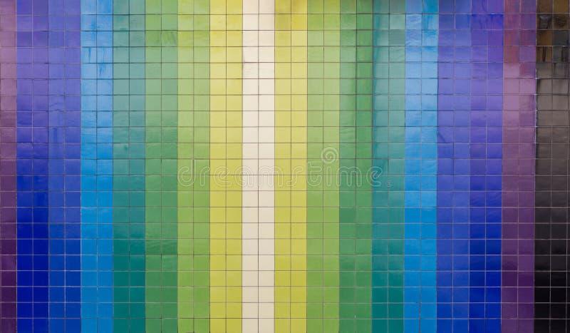 Verticale kleurrijke het betegelen muur van de stad vector illustratie