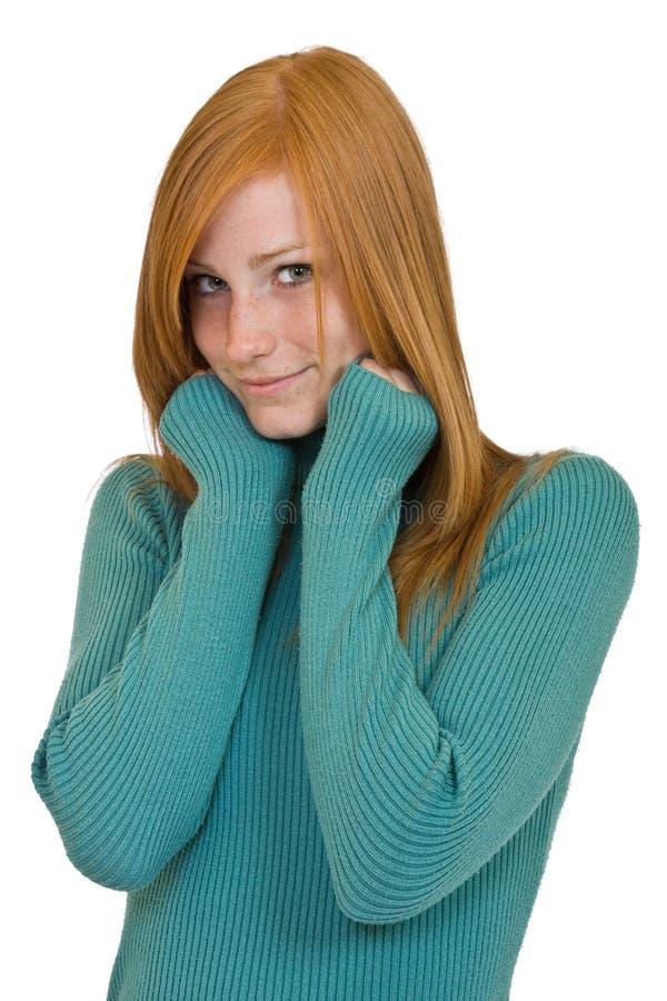 Verticale rousse mignonne de femme photographie stock libre de droits