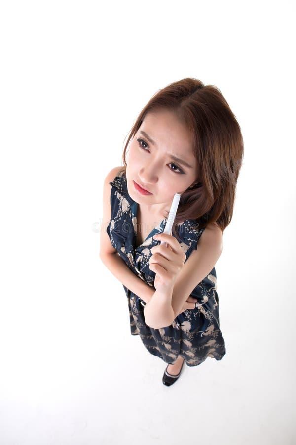 Verticale tha?e active asiatique de la verticale woman photos stock
