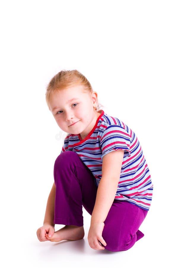 Verticales de studio de fille de bel enfant photo libre de droits