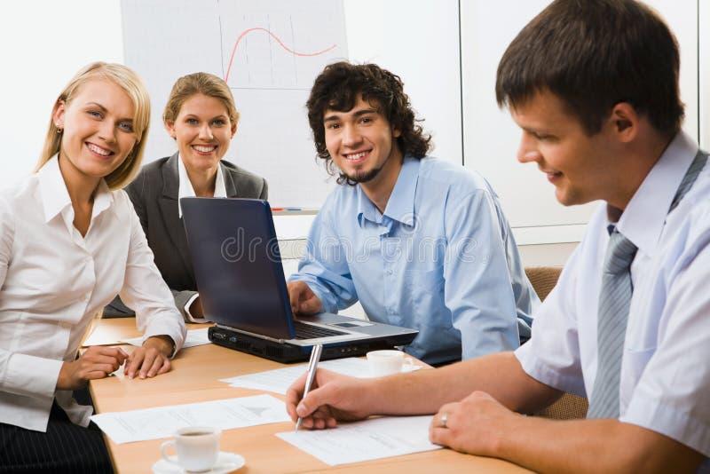 Vertiefung organisierte Partner lizenzfreies stockfoto