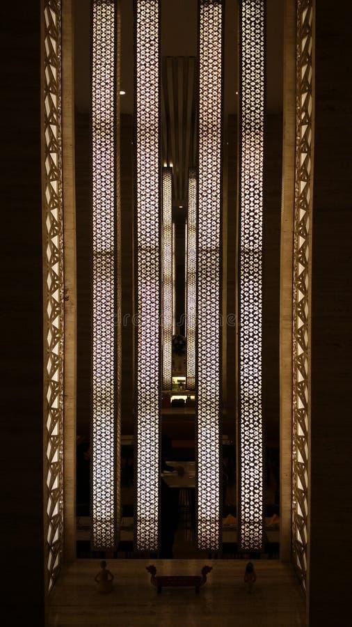 Vertikal lampa royaltyfri foto