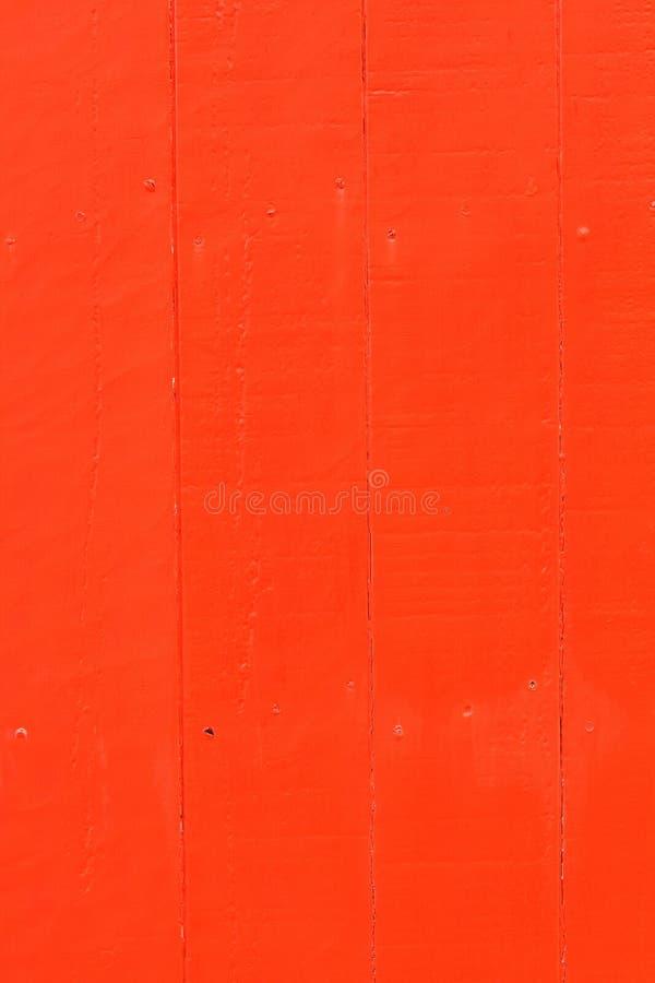 Vertikal röd målad wood panel royaltyfri bild
