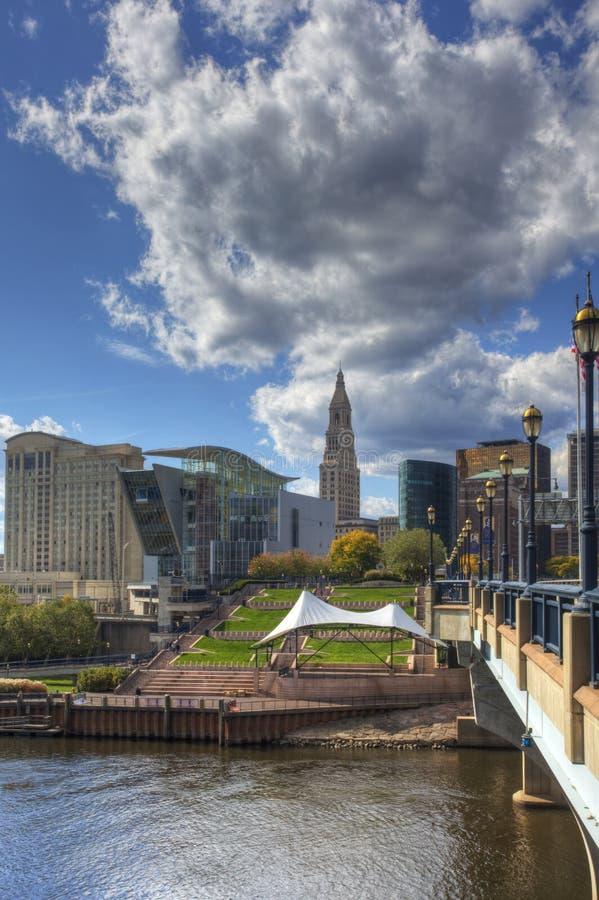 Vertikale Ansicht des Hartfords, Connecticut Skyline stockfoto
